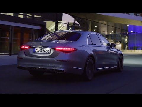 (New) Mercedes s-class 2021 - driving at night, new digital lights in action