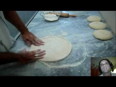 (New) Receita de massa de pizza ( a melhor massa de pizza do youtube )