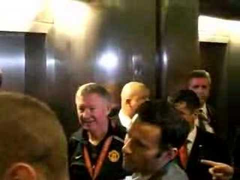 (New) Man utd players in moscow hotel after winning 2008 ucl final