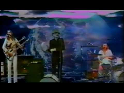 (New) Genesis- i know what i like (in your wardrobe) 1974 france