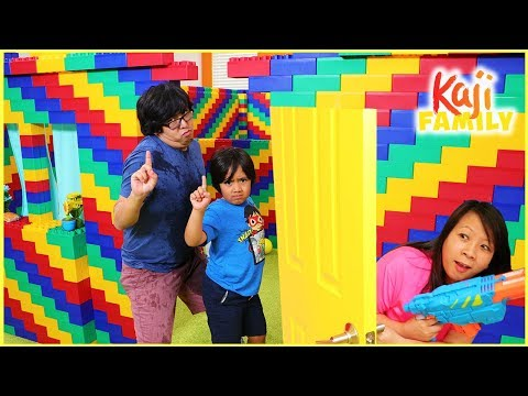 (New) No girls allow box fort lego pretend play fun and the floor is lava challenge!!!