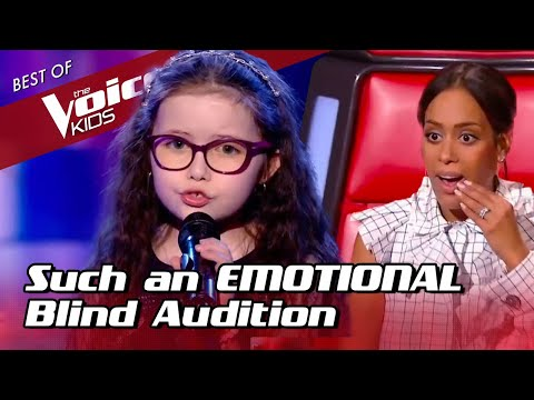 (New) 9-year-old makes the coaches cry during her blind audition in the voice kids
