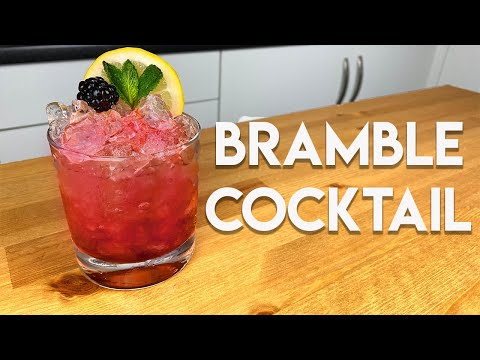 (HD) How to make the perfect bramble cocktail.