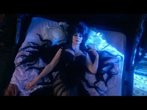 (New) Trailer elvira - a rainha das trevas