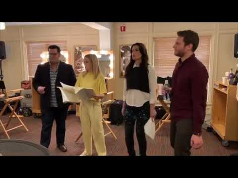 (New) Frozen 2 cast sing some things never change - behind the scenes rehearsal