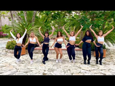 (Ver Filmes) Now united dancing to calla tú by danna paola