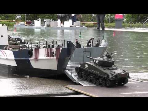 (HD) Rc boat - landing craft and tanks at ask show case 2014