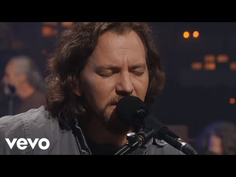 (New) Pearl jam - just breathe (official video)