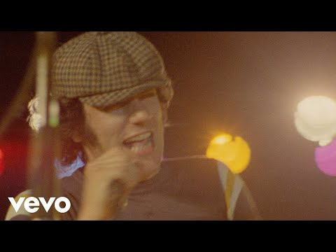 (HD) Ac dc - back in black (official video)