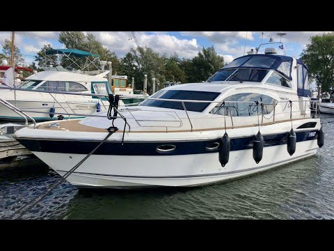 (New) £220,000 yacht tour : 2015 broom 370