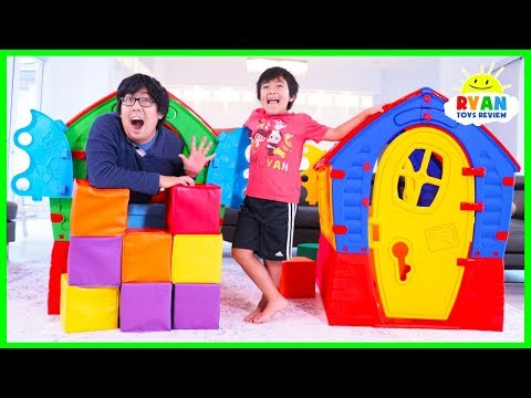 (New) Ryan pretend play with playhouses for children!